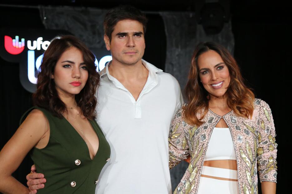 Los protagonistas de la telenovela 'Despertar Contigo' y su jocosa visit...