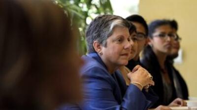 Napolitano defendió la necesidad de enfrentarse al déficit previsto de 1...