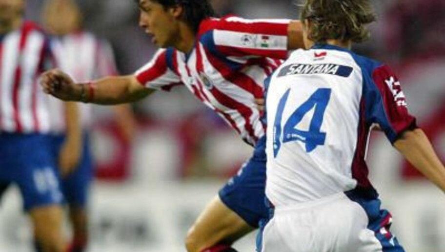 Cristian Ramírez pasó sin pena ni gloria por América y por Chivas, en ni...