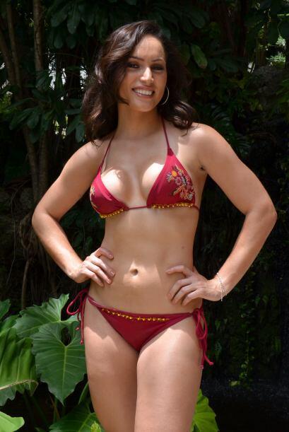 El bikini ideal para Dulce debe de ser sexy, pero no vulgar y además, ne...