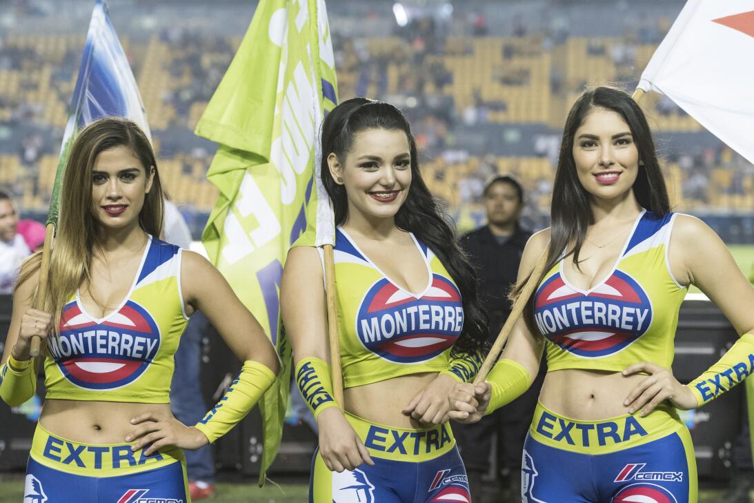 La belleza de la Liga MX presente en la Jornada 10 20170411_2903.jpg