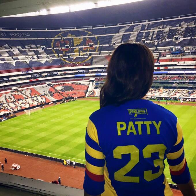 Patty es una bella mujer mexicana que es apasionada a los deportes, es e...