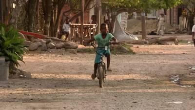 Bayunca, el barrio de Colombia donde cientos de refugiados venezolanos batallan contra la pobreza