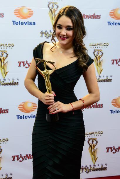 Sherlyn como Mejor Actriz Juvenil por Amores Verdaderos.