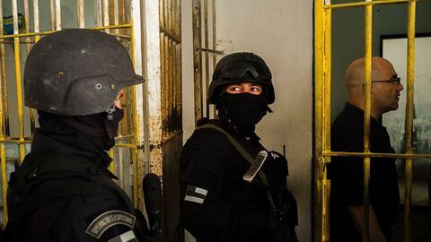 El personal del Comando de Operaciones Especiales y el juez Luís...