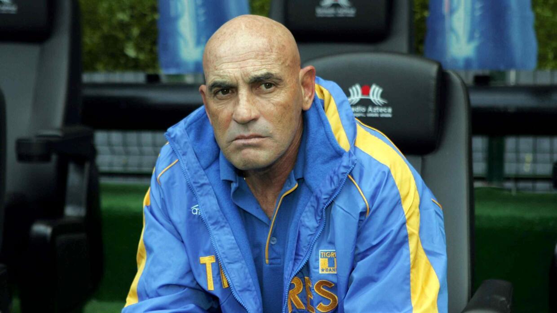 Osvaldo Batocletti es considerado uno de los mejores defensas que ha ten...
