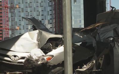 Un aparatoso accidente de tránsito dejó un conductor muerto y a una jove...