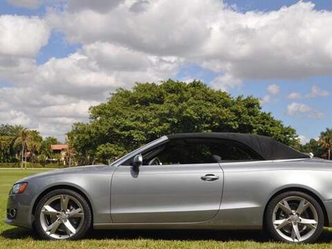 El Audi A5 Cabriolet 2011 conjuga el lenguaje de diseño de Audi c...