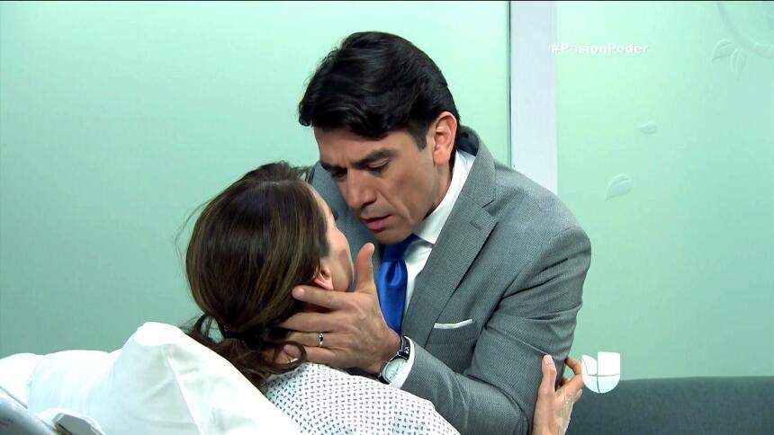 ¡Julia y Arturo se pusieron muy románticos! E919321DB3954C4BAAECEECA9150...