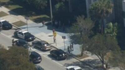 Imágenes aéreas de la Killian Senior High School en el suroeste de Miami.