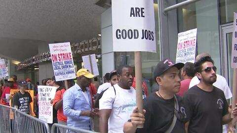 Trabajadores de Spectrum marcharon para exigir mejoras laborales