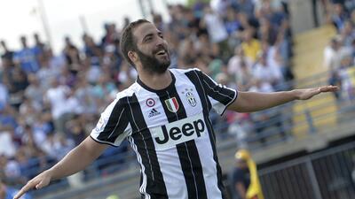 Juventus golea al Empoli con doblete de Higuaín y tanto de Dybala