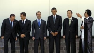Los líderes de las grandes potencias acentuaron la presión sobre el líde...