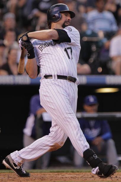 7. Todd Helton (Rockies de Colorado) .321 (87 hits en 271 turnos al bat).