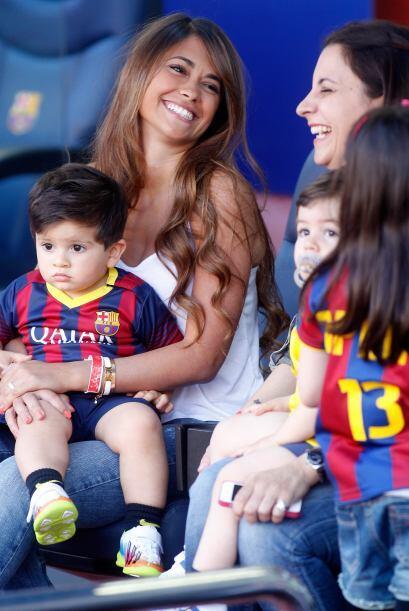 Mientras tanto Antonella convivió con la esposa de otro futbolista del c...