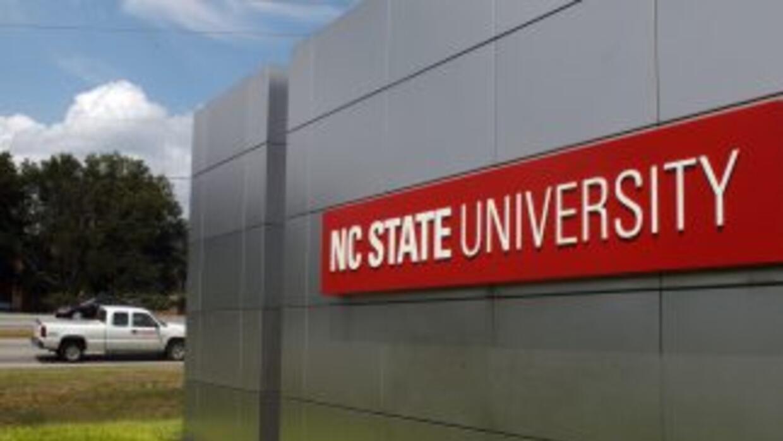 La universidad también respondió a una acusación por asalto sexual.