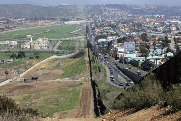 Pero donde  la CBP tiene más trabajo es aquí, en la frontera que compart...