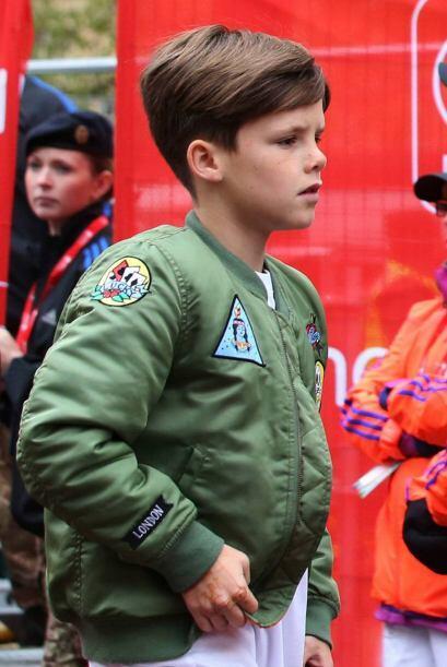 El pequeño Cruz también fue a estar junto a su hermano mayor.