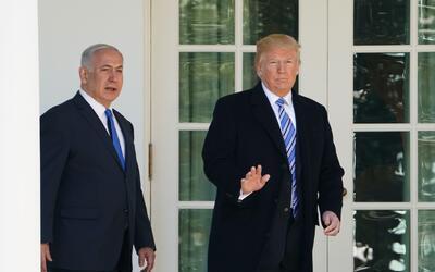El presidente Donald Trump junto al primer ministró israel&iacute...