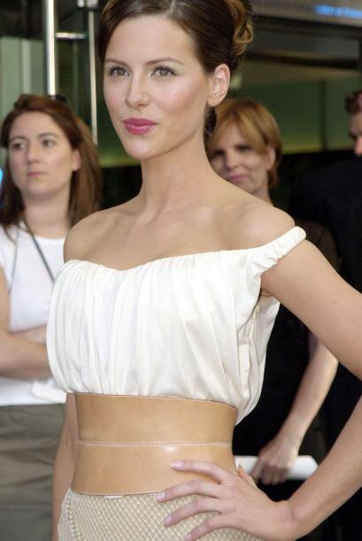 El 26 de Julio de 1973, nació la hermosa actriz Kathrin Romany Beckinsal...