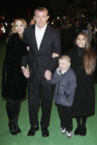 """En enero de 2007, la familia entera acudió al estreno de """"Arthur and the..."""