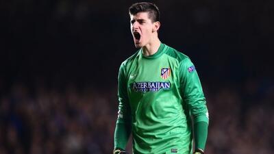 El porterp belga pertenece al Chelsea, pero aún no se sabe dónde jugará...