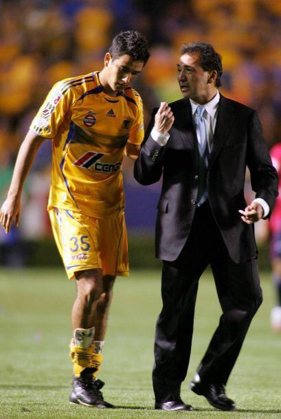 Tras ser campeón con América y con un buen cheque de por medio, Carrillo...