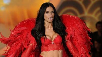 Este fue el conjunto que lució en el Victoria's Secret Fashion Show.