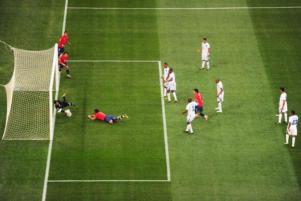 Incluso su atajada ante la selección de Chile fue considerada una de las...