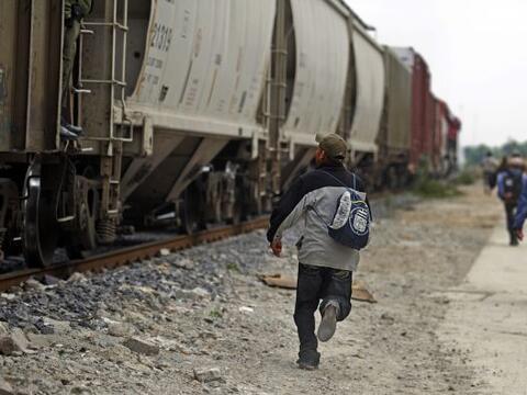 México es paso obligado de cientos de migrantes que buscaban a di...