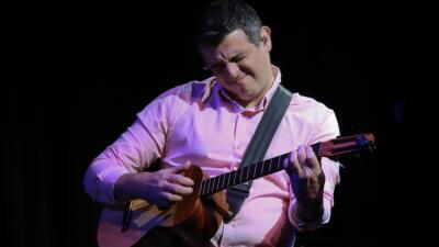 Héctor Molina experimenta nuevos caminos musicales sin olvidar sus raíces