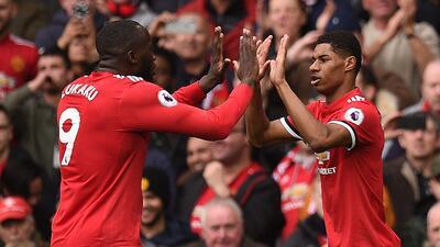 Manchester United se llevó el clásico de Inglaterra al vencer 2-1 al Liverpool