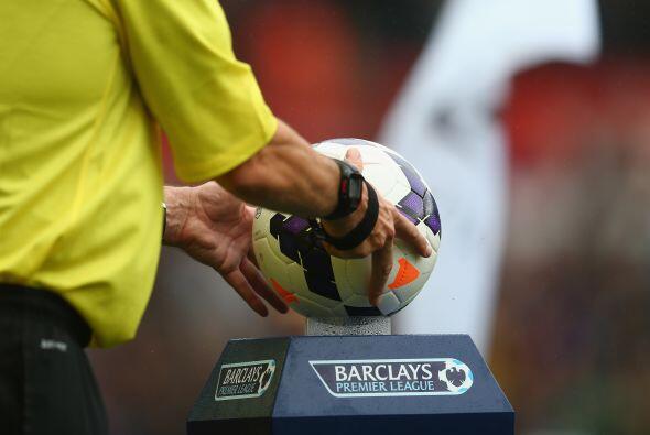 La temporada 2013-14 de Inglaterra arrancó con siete partidos de...