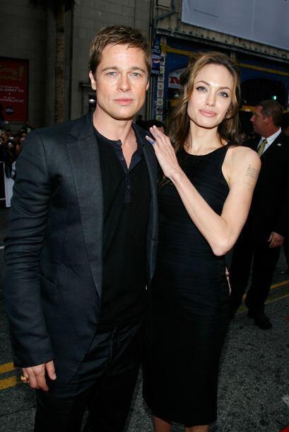 Brad y Angelina, ya consolidados como una de las más famosas parejas de...