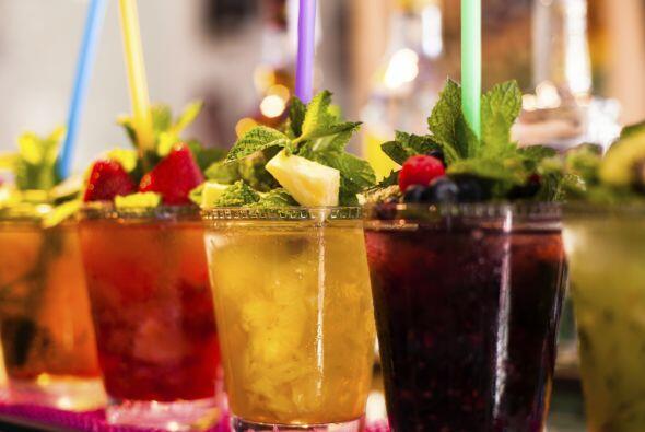 En este San Valentín lúcete con unas bebidas muy coquetas que endulzaran...