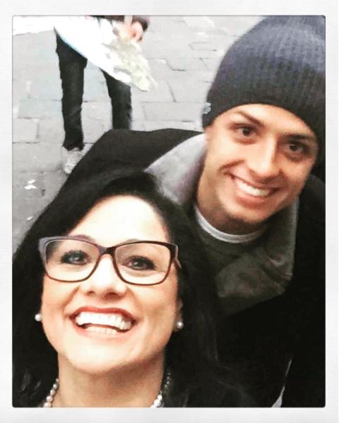 Silvia Balcázar, la madre del 'Chicharito' Hernández, es otra he...