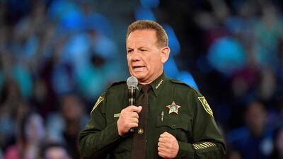 El alguacil del condado de Broward, Scott Israel, participó este...