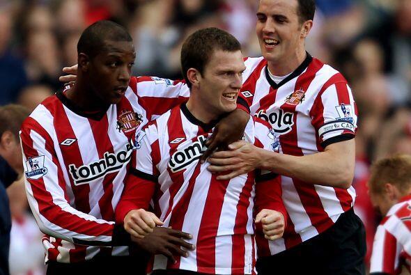 Finalmente, el Sunderland también se despachó con la cuchara grande y le...