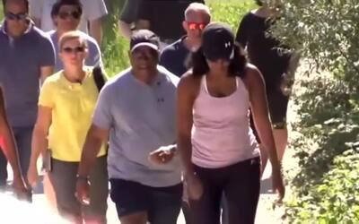 Aparece Michelle Obama... trotando en la Toscana