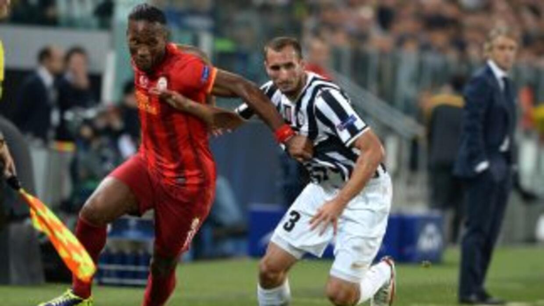 Ni el gol marcado por Drogba bastó para que los turcos sacaran más de un...