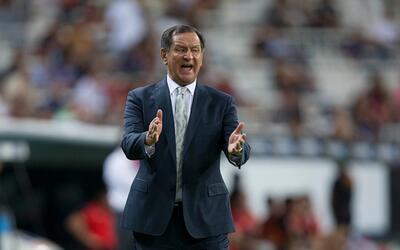 Enrique Meza es el entrenador más longevo actualmente en la Liga MX.