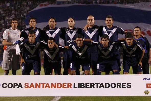 Vélez Sarsfield, segundo del Grupo 4, fue campeón de la copa en 1994 y e...