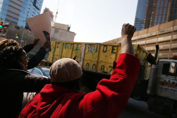 En Brooklyn esperaban la presencia de 2,500 unionados que temen traslados.