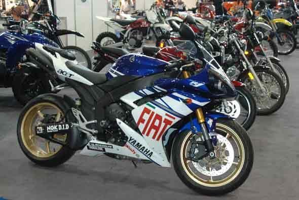 Yamaha presentó sus motocicletas de competencia.