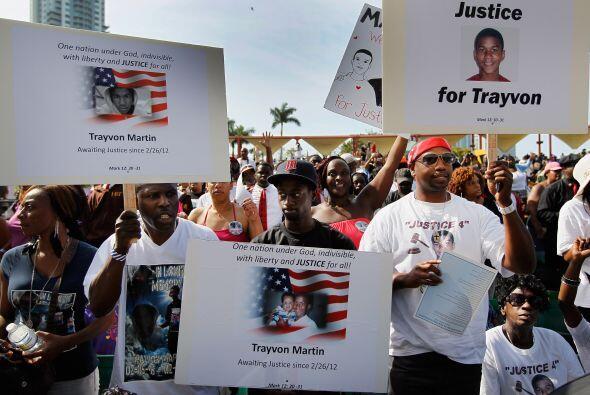 Se realizan manifestaciones por todo el país entre activistas de...