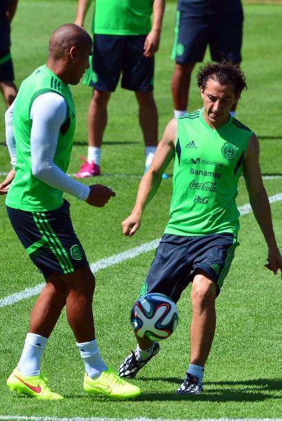 Andrés Guardado jugará por tercera ocasión unos Oct...