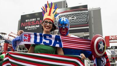 Fans de México y Estados Unidos le pusieron un sabor especial al clásico de la Concacaf