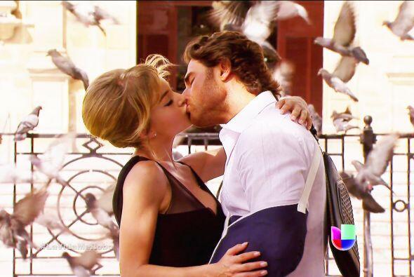 Ese besó se robó toda la atención y se convirtió en una escena inolvidable.