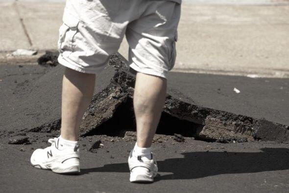 Sin embargo el USGS redujo las posibilidades de una réplica mayor a magn...