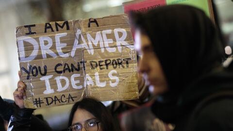 """Manifestación a favor de un """"Dream Act limpio"""" en Nueva..."""